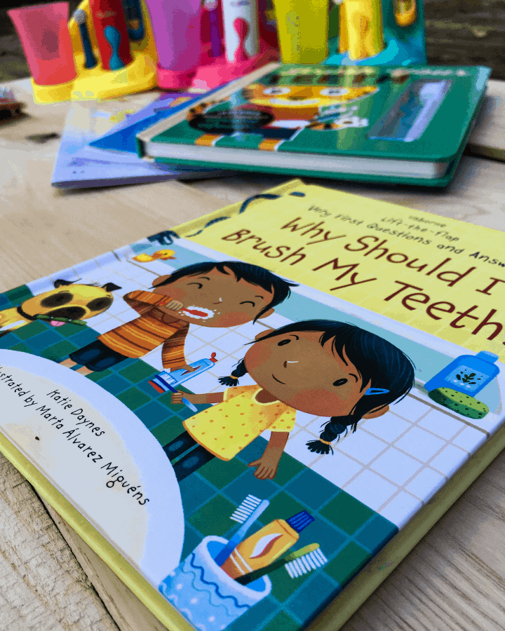 A children's board book about brushing teeth.
